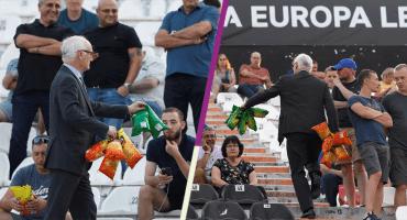 Presidente del Chelsea repartió papitas a los aficionados que viajaron a Grecia