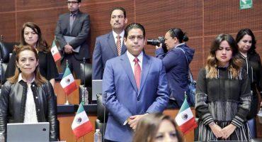 ¿Y luego? Senador panista Ismael García pide disculpas por chat misógino