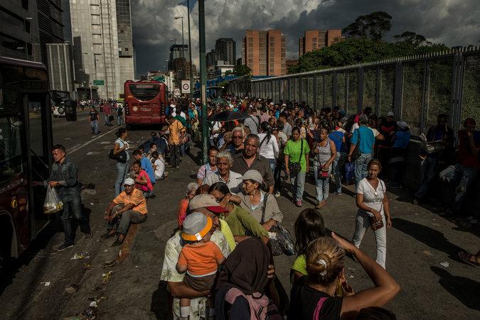 NYT dice que administración de Trump discutió golpe militar contra Nicolás Maduro