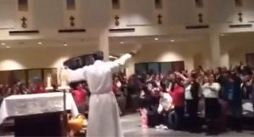 WTF? Un sacerdote hace alabanzas con una canción de 'High School Musical' 
