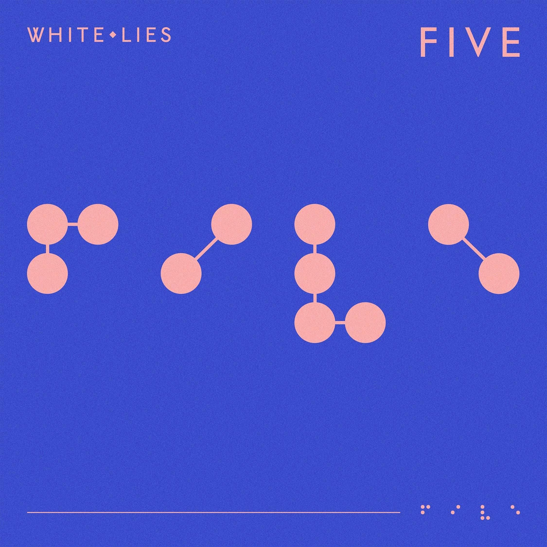 White Lies anuncia nuevo disco 'Five' con su primer sencillo 'Time To Give'