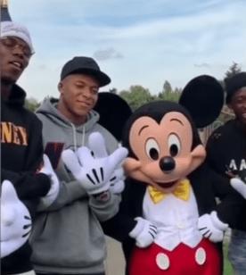 El divertido día de Griezmann, Pogba, Mbappé y Dembelé en Disneylandia