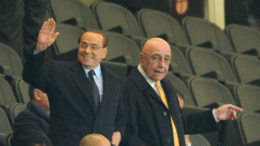 Sin barba ni tatuajes: las excéntricas reglas de Berlusconi en su club en Italia