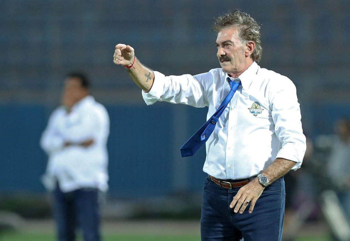 ¡Se acabó! Ricardo La Volpe es reemplazado en el Pyramids FC por unos gemelos