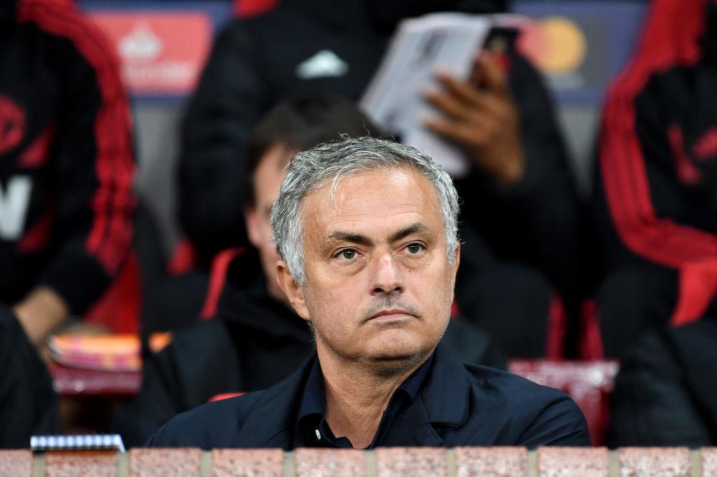 3 razones por las que Mourinho tiene un pie fuera del Manchester United