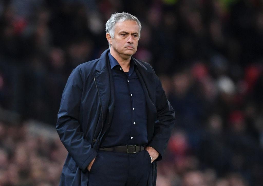 Mourinho suma cuatro juegos sin ganar en Old Trafford