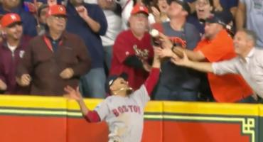 ¿Jonrón o interferencia? La polémica jugada del Juego 4 entre Red Sox y Astros