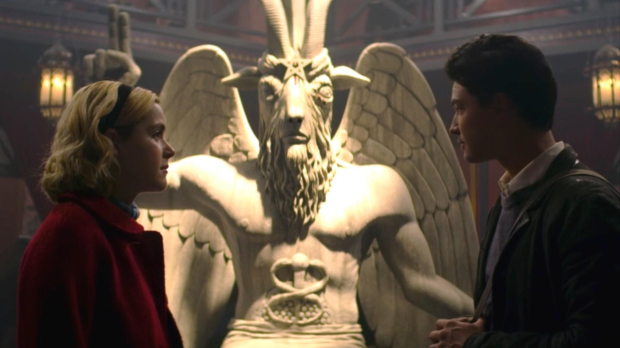 templo-satanico-demanda-sabrina-netflix