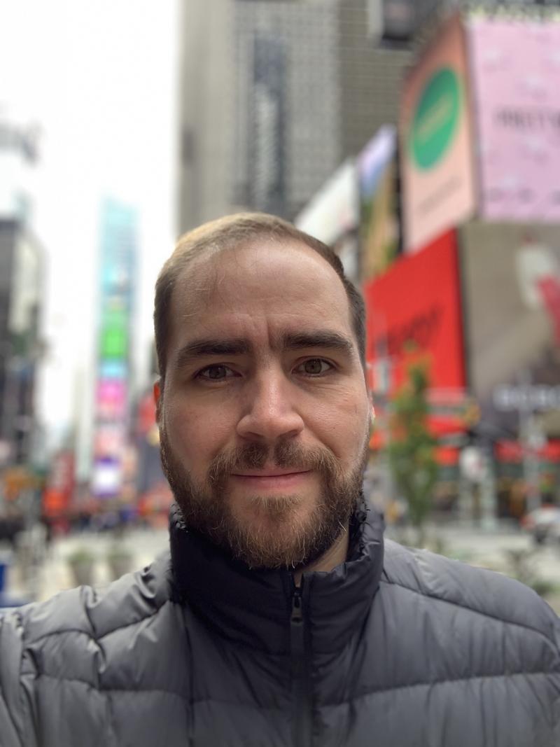 Selfie Tomada de Sopitas con el iPhone XR