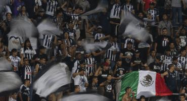 Aficionados de Rayados son detenidos por pelea en el estadio de Santos