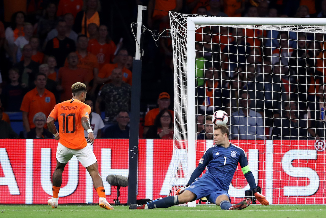 Holanda vence a Alemania