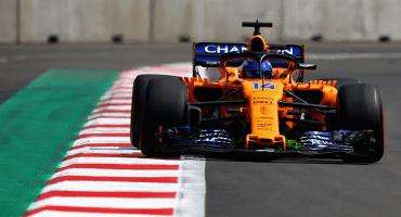 La mala suerte deja a Alonso fuera del Gran Premio de México en las primera vueltas