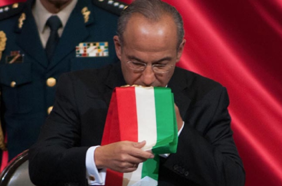 Calderón y la banda presidencial