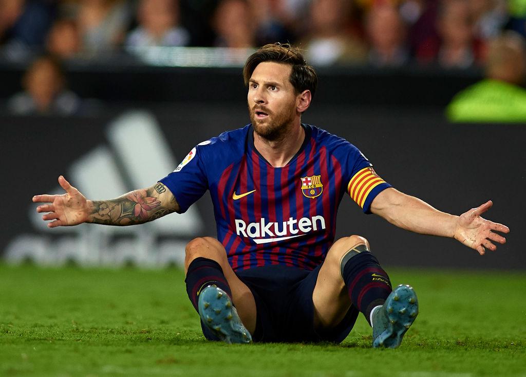 Lionel Messi en el juego contra Valencia