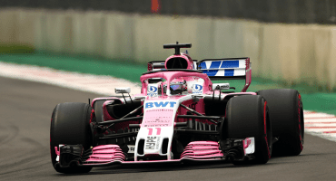 ¡Noooo, llévame a mi! Checo Pérez abandonó el Gran Premio de México por falla mecánica