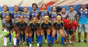 La triste historia del equipo femenil que viajó en barco, balsa y autobús y suspendieron su partido