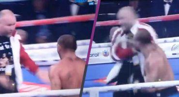 ¡Ah no bueno! Boxeador perdió pelea y agarró a golpes a su entrenador