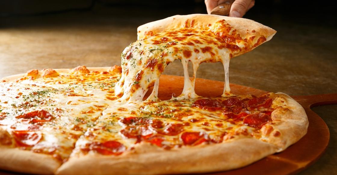¡Con eso no se juega! Inglaterra planea una ley para hacer las pizzas más pequeñas