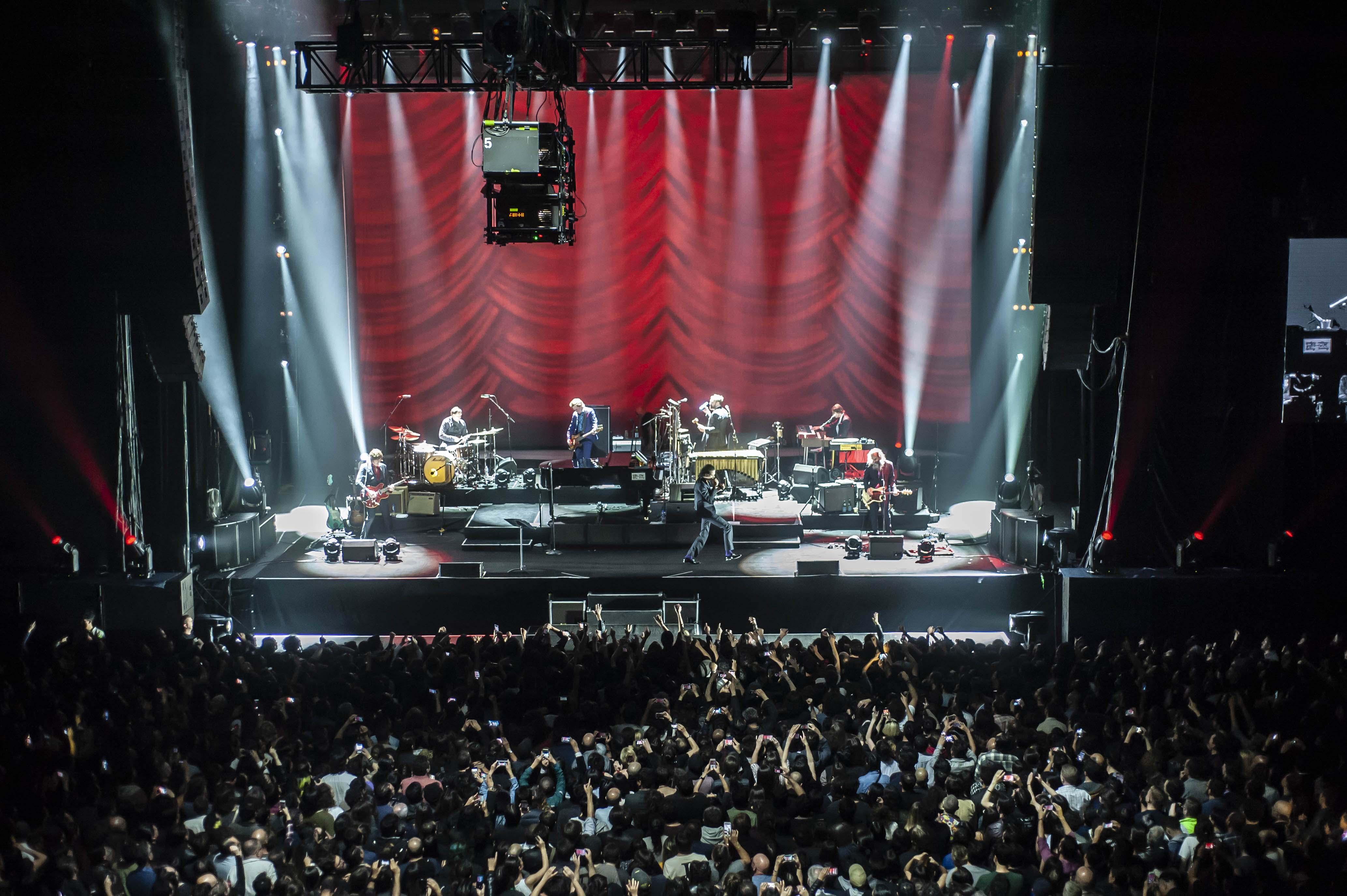 Nick Cave & The Bad Seeds y la maestría de una banda llena de músicos