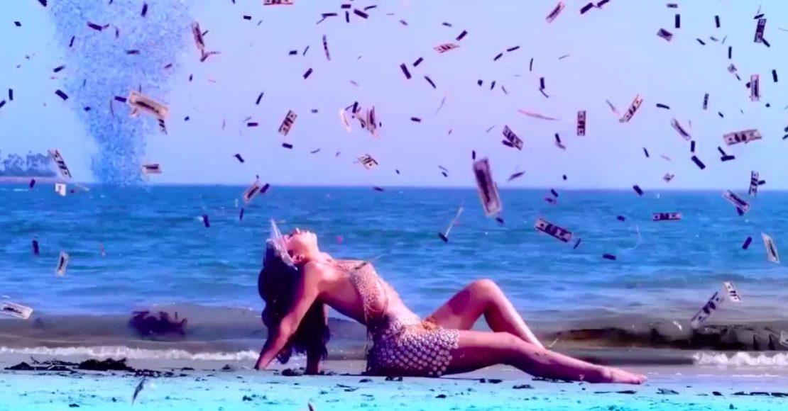 """Just a Stranger"", el colorido video de Kali Uchis con Steve Lacy"
