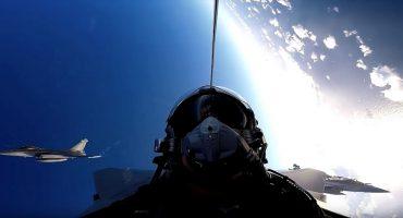La fantástica experiencia de volar un caza de la marina francesa