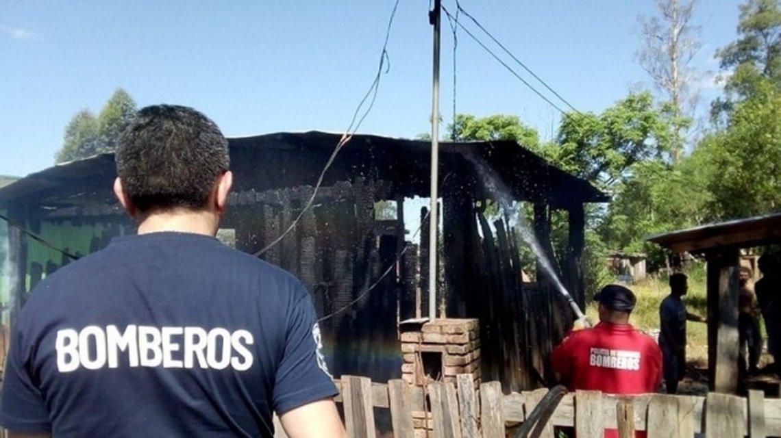 Ex cuñado le quemó su casa tras discusión por partido River vs Boca