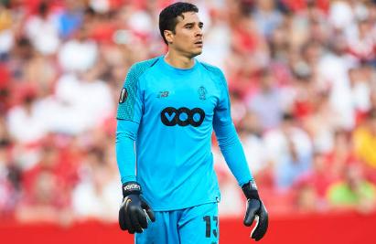 Guillermo Ochoa es elegido jugador del mes en Bélgica