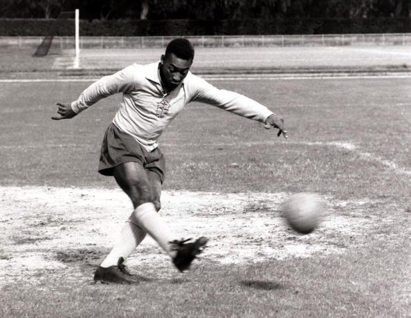 El día que Pelé se convirtió en portero para llevar al Santos a una final