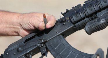 Cada día ingresan 2 mil armas a México a través de la frontera con Estados Unidos