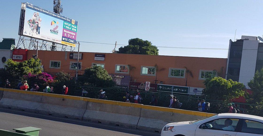 Caravana Migrante se divide: un grupo parte hacia Querétaro; los demás permanecen en el albergue