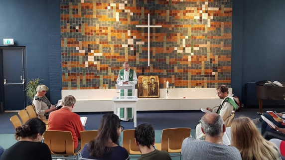 iglesia-lleva-meses-misa-evitar-deportacion-familia-migrantes