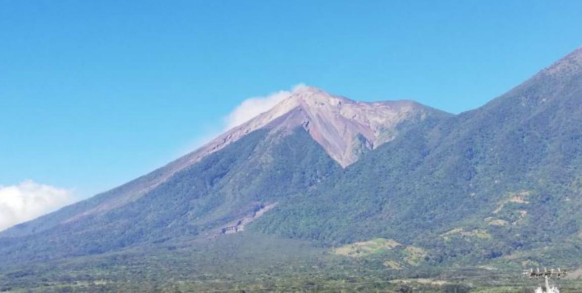 El Volcán de Fuego en Guatemala volvió a despertar, ya se reportan flujos de lava