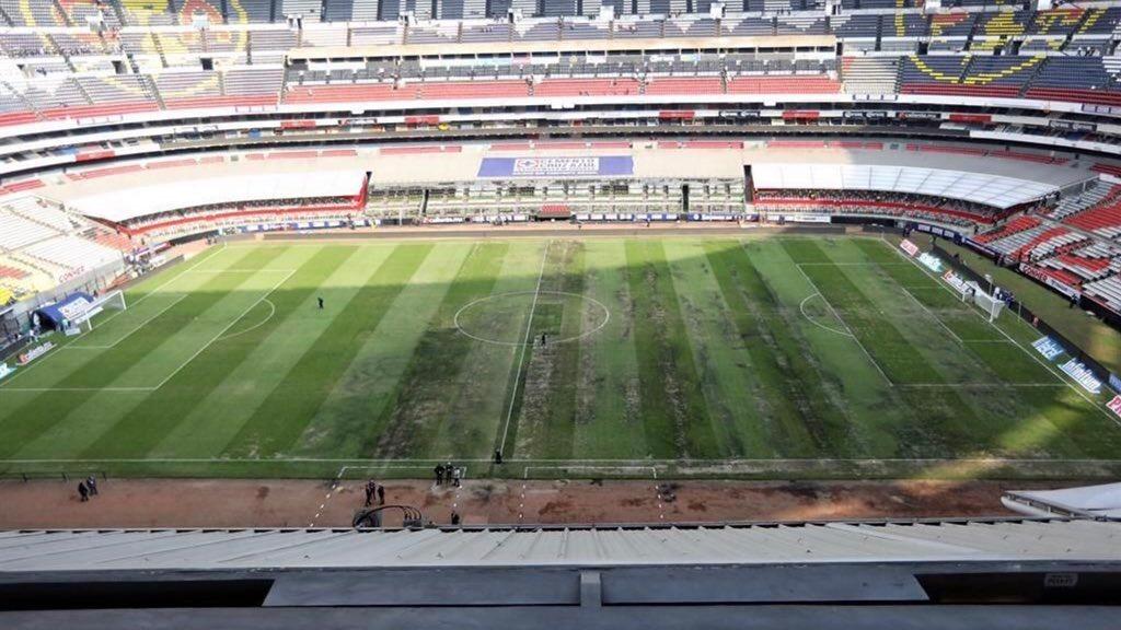 ¿Y así querían jugar? Así lucía la cancha del Estadio Azteca para el partido de la NFL