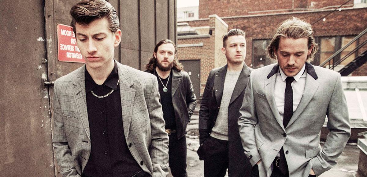"""Aplicando un Editors o qué hace: La publicación que """"prueba"""" que Arctic Monkeys vendrá a México"""
