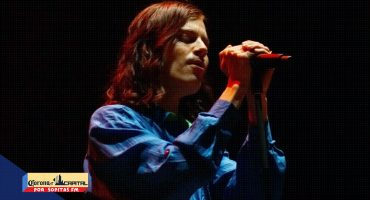 Børns mostró su glam-pop de altos vuelos en el Corona Capital 2018
