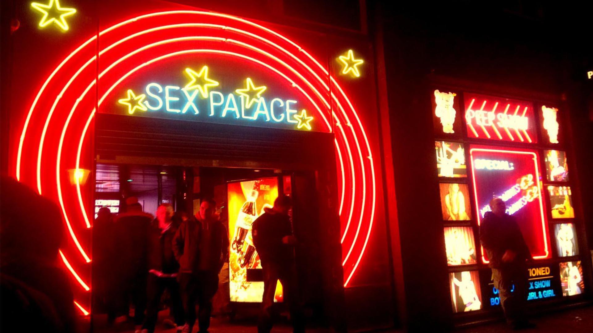 Trabajadoras sexuales dejarán los escaparates de Ámsterdam