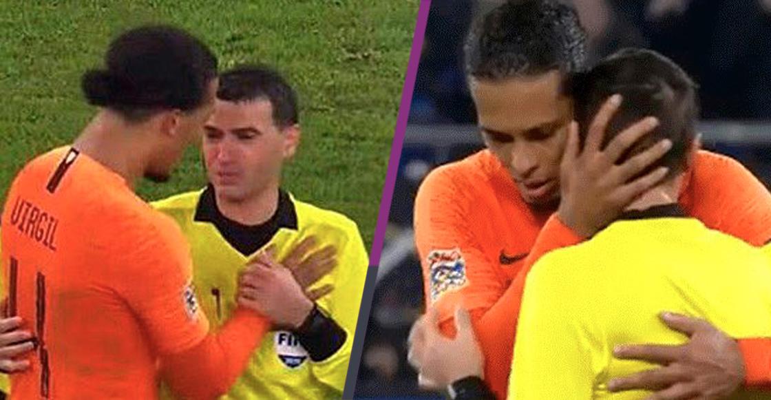 ¡Para llorar! El emotivo gesto de Virgil Van Dijk con el árbitro que perdió a su madre