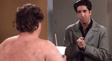 ¿Recuerdan al sujeto desnudo de Friends? ¡Esta es su identidad!