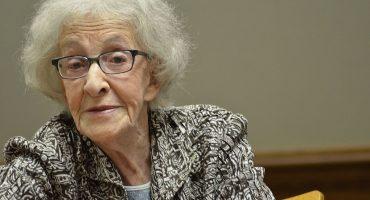El Premio Cervantes 2018 es para la poeta uruguaya Ida Vitale