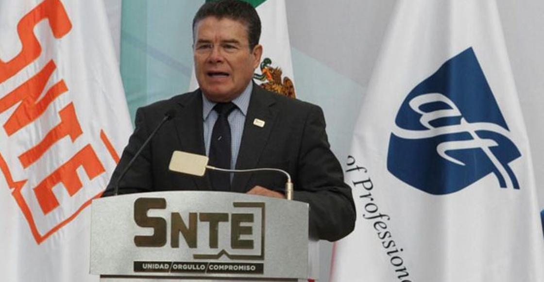 ¿Preparando el regreso de Gordillo? Juan Díaz de la Torre, dirigente del SNTE, pidió licencia al cargo