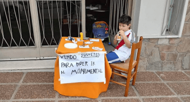 Niño vendía sus juguetes para ir la Final de la Copa Libertadores y River cumplirá su sueño