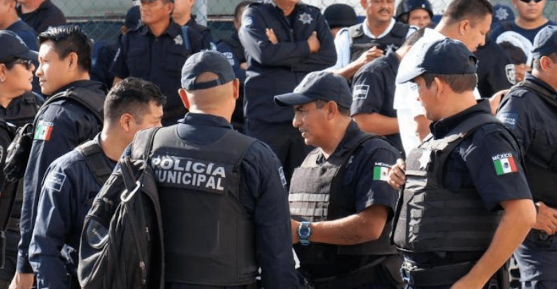 policias-cancun-protesta-video-empujones
