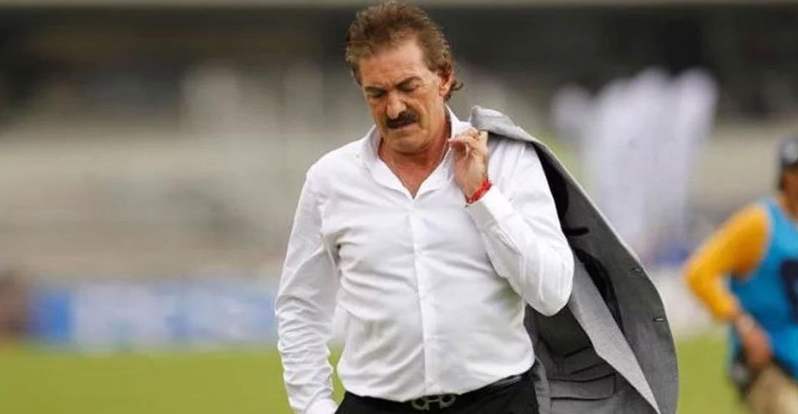 Querétaro buscaría a Ricardo La Volpe tras despedir a Alex Diego