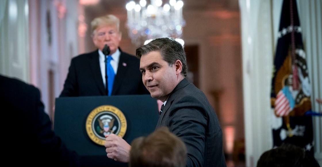 trump-cnn-acosta-pase-prensa