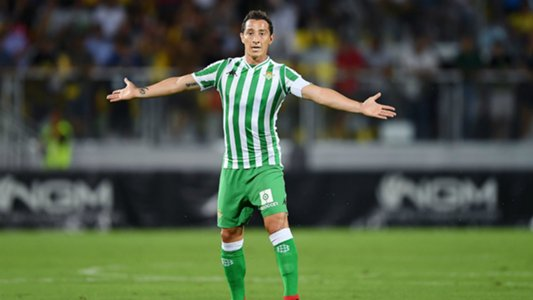 Andrés Guardado salió lesionado en duelo de mexicanos en La Liga Española