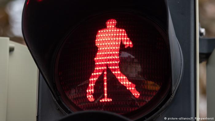 elvise-presley-semaforo-figuras-alemania