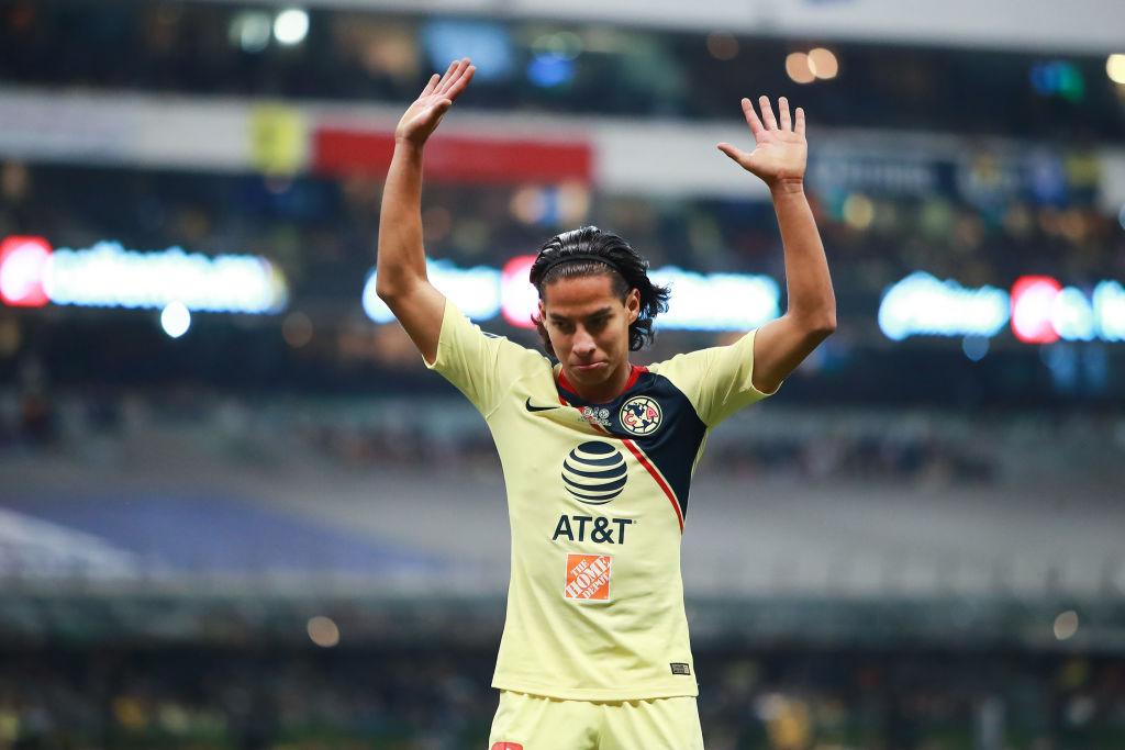 Ajax ofreció 11 mde por Diego Lainez
