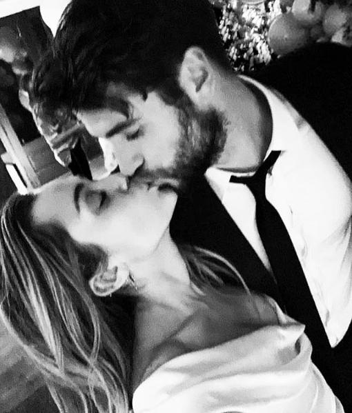 ¡El amor sí existe! Miley Cyrus confirmó que se casó con Liam Hemsworth