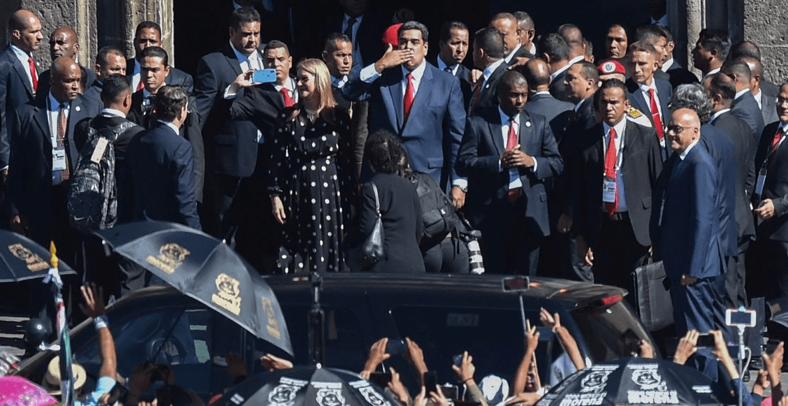 Antes de irse, Maduro tacha a la derecha mexicana de 'Malinche'