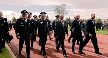 Sigue la mata dando: 30 mil policías federales y locales reprueban exámenes de confianza